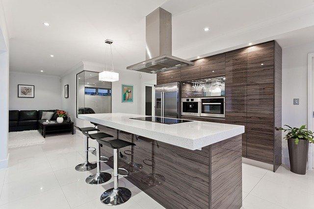 kuchyň s barem