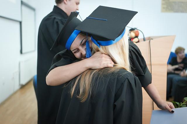 radost z dokončení studia