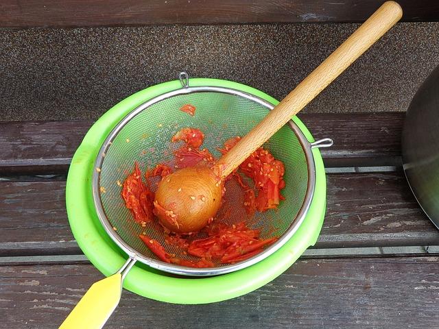 pasírování rajčat